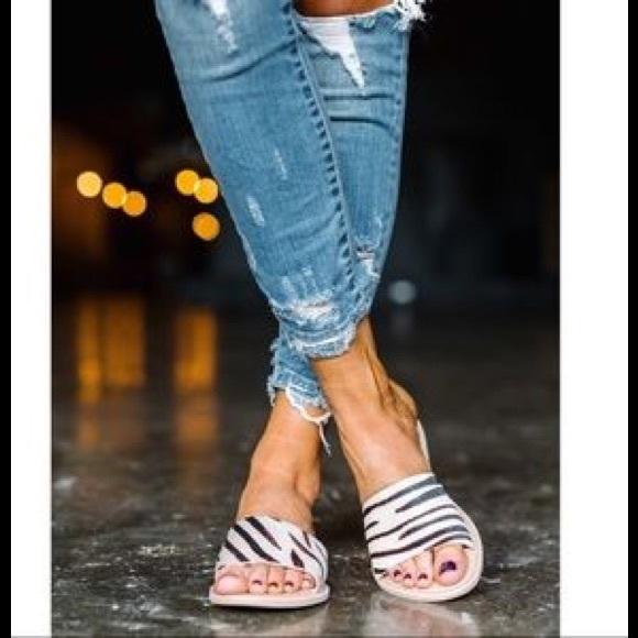 88382b96b1a6 Coconuts Cabana style slide sandal LAST PAIR